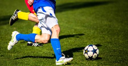 fodboldstøvler og fodboldtræning